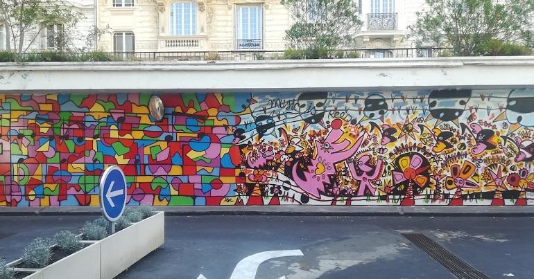 Fresque de François Nasica & Brian Caddy au parking Mozart